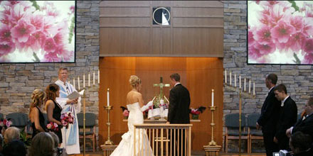 Wedding Ideas : Wedding Decor Idea - Show Flowers on TV Screens