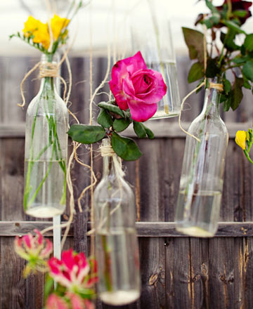 Wedding Flower Idea Hanging Flower Arrangements Posted Tuesday July 06